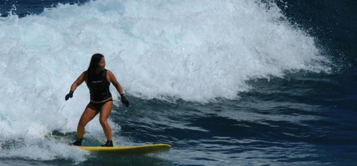 サーフィンの基礎:③ドルフィンスルー